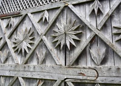 Ilie Tudorel - Poarta de sura - Barsau de Sus - (detaliu)