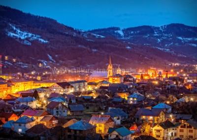 Robert_Kovacs - Panorama nocturna - Viseu de Sus