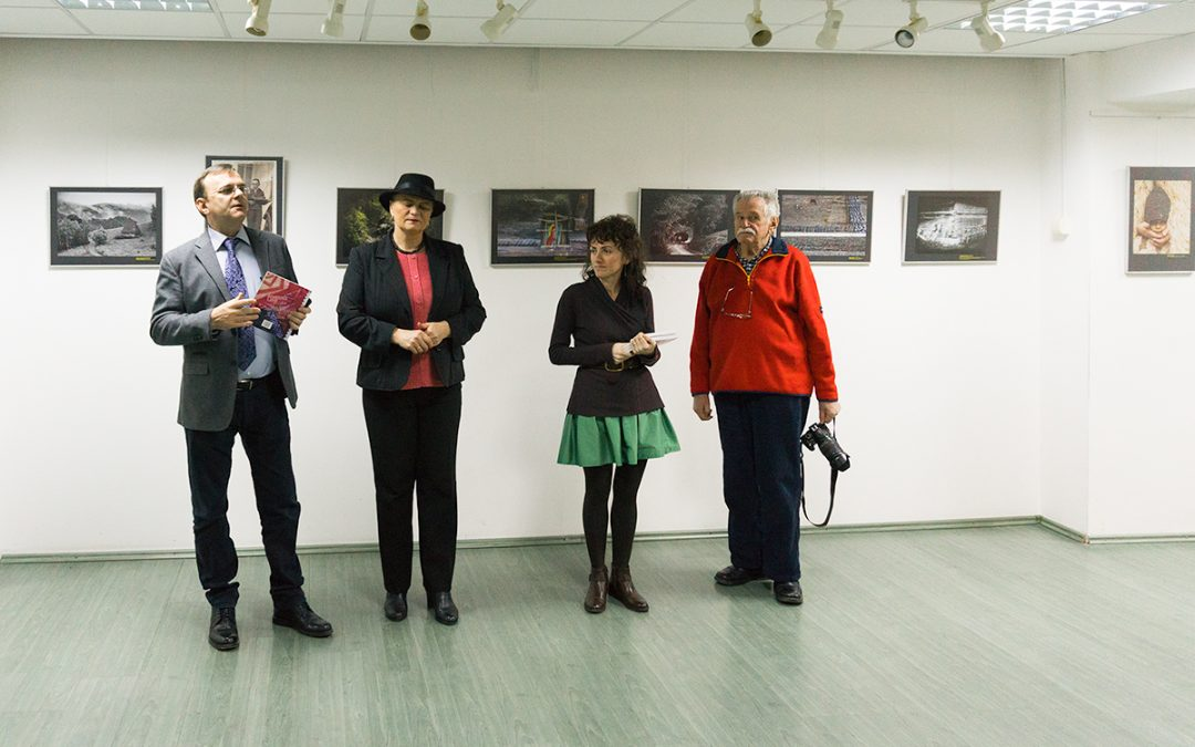 Vernisajul expoziţiei Fotografia document etnografic